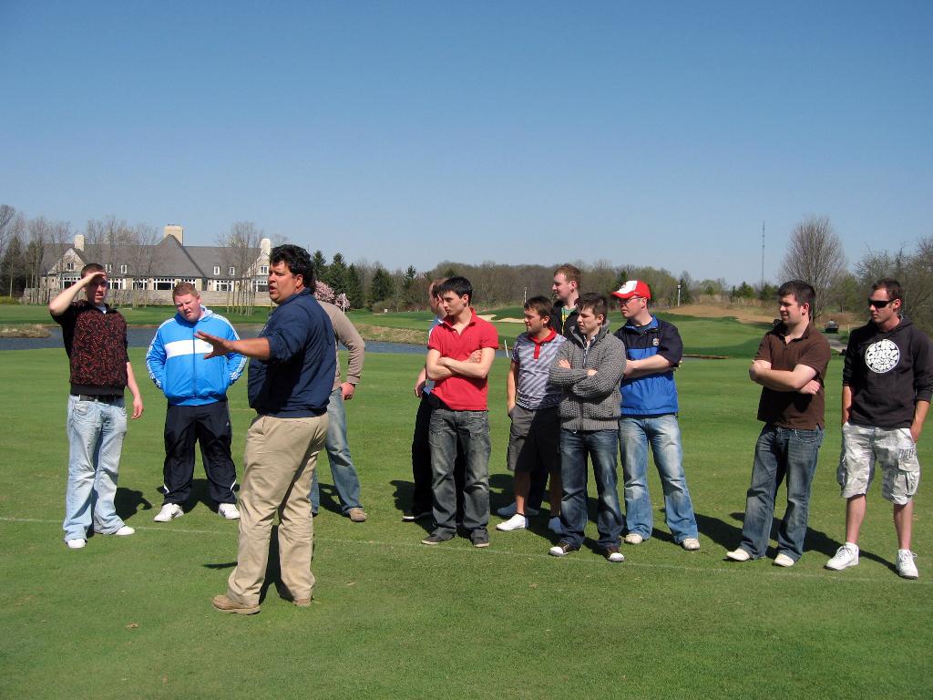 2010.04.06 turf interns visit Double Eagle
