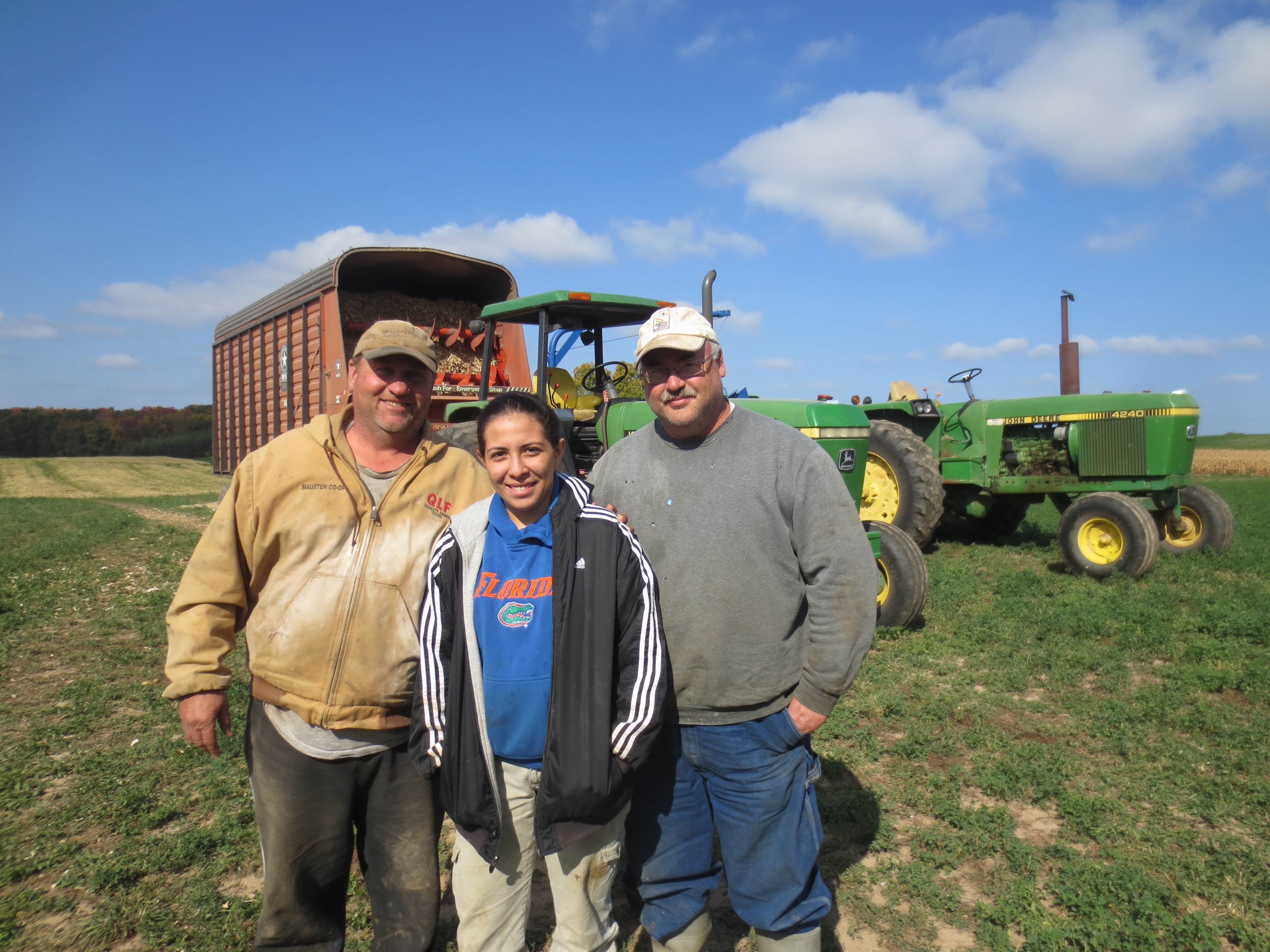 2012.10 visit Dairylane Farms -intern Espinoza Jorling with host