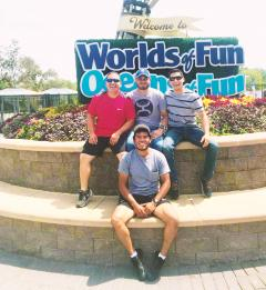 2018 August Swine Interns @ Worlds Of Fun