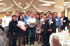 Intern Zhao Yongfeng got his certificate